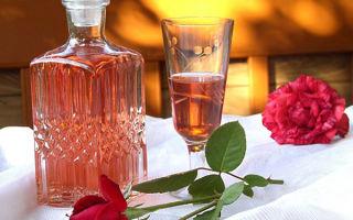 Золотится роза чайная: готовим вино из лепестков чайной розы